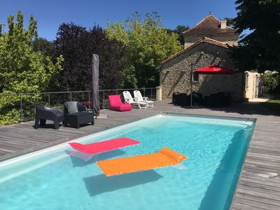 Photo for Pretty house of character with swimming pool in Entre deux Mers