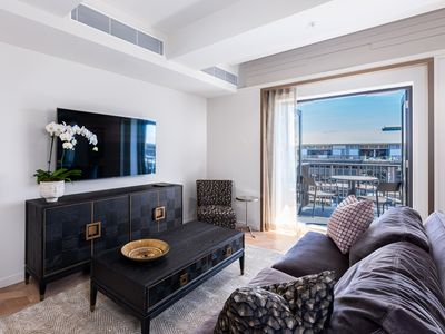 Photo for Brand new elegantly chic residence in Pyrmont