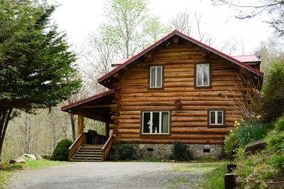 Custom build log home build from local Poplar logs taken from the mountain.