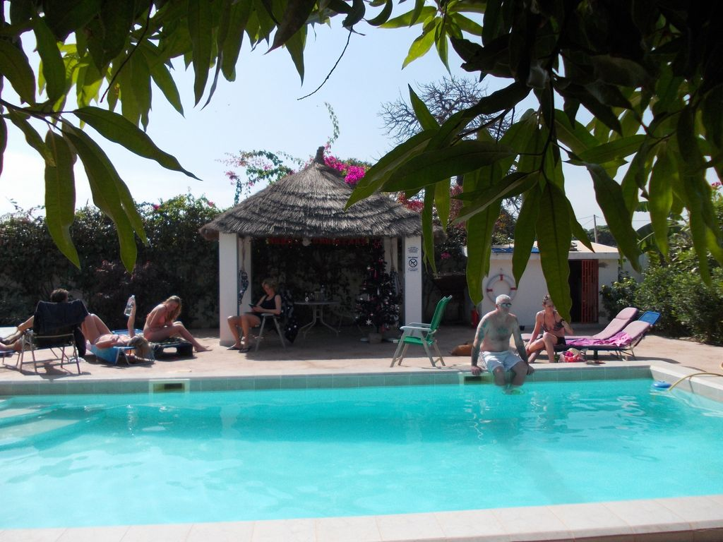 Self Catering Apartment With Pool Near Beaches Excellent