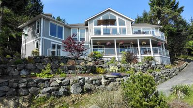 Photo for Nanaimo Ocean View Guesthouse