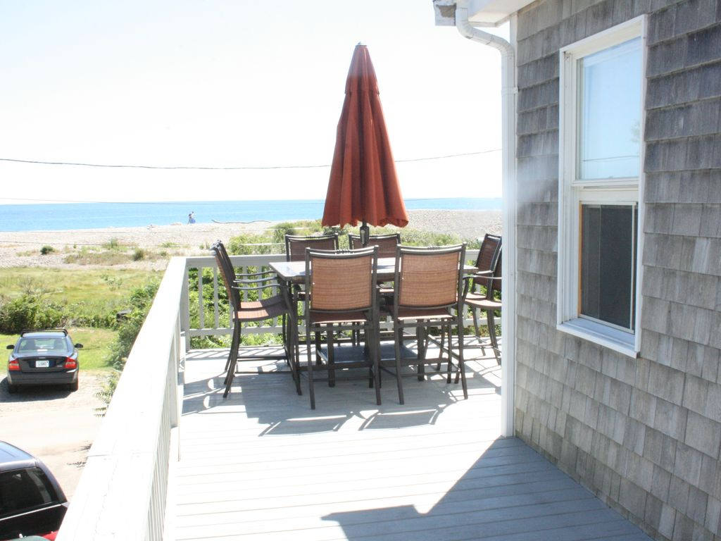 Fantastic ocean views and only steps to Long and Cape Hedge Beaches