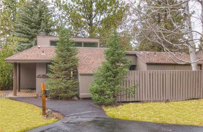 Photo for Meadow House 45 - Fabulous Mt. Bachelor and Meadows Golf Course views!