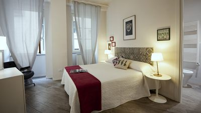 Photo for FIRENZE CENTRAL LUXURY APARTMENT. Near Train Station. NEW !!