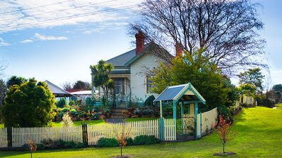 Photo for Argus Views | Sleeps 6 in Period Style