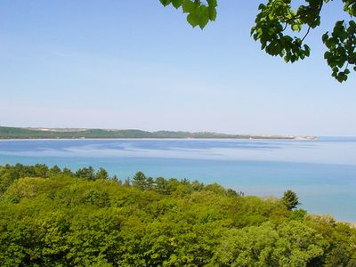 Updated, Lovely 2b/2b Condo in Glen Arbor with Fabulous Lake Michigan Views!