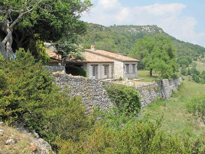 Photo for Beautiful location, surrounded by nature, 3 pcs, 5 pers, Belvédère exceptional