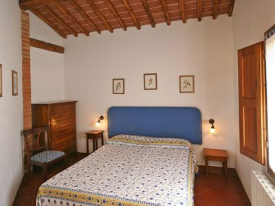 Photo for 1BR Apartment Vacation Rental in Monteroni D'arbia