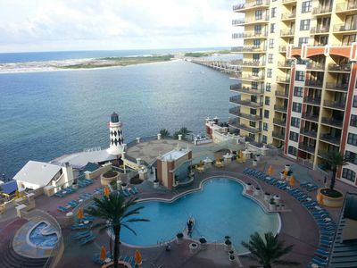 Photo for Emerald Grande 802🌊3BR/2BA Overlooking the Pool!🌞🌞🌞Free Beach Service