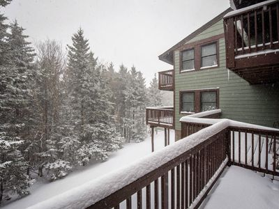 Photo for Easy slope access.  shuttle service, firepit, fireplace,wifi, satellite tv.