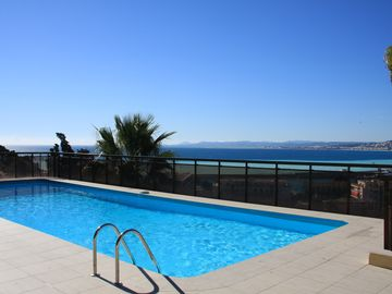 Air Conditioned Apartment with Panoramic Sea Views, Communal Pool