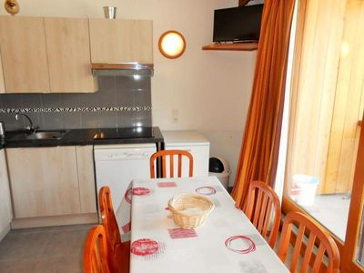 Photo for Apartment Les Deux Alpes, 2 bedrooms, 6 persons