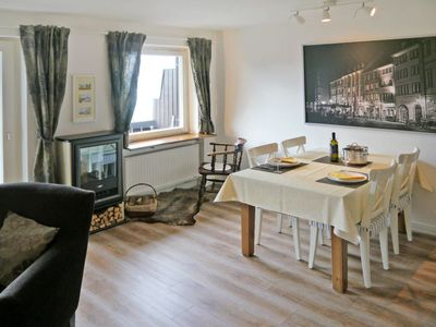 Photo for Apartment Wolfgangsee Blick (SGW100) in Sankt Gilgen am Wolfgangsee - 2 persons, 1 bedrooms
