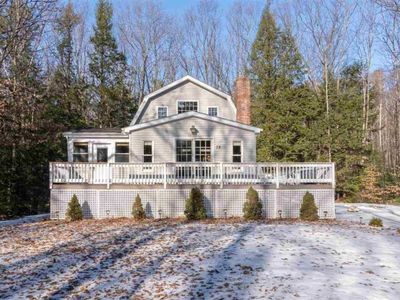 Photo for Adorable Beach Acess Home For 10 in Suissevale on Winnipesaukee