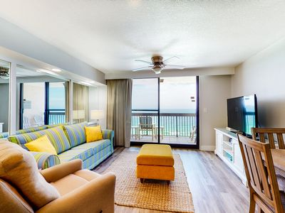 Photo for 17th Floor Welcoming Condo, On-site restaurant, Multiple pools w/ splash pad