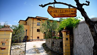 Photo for Appartamento Vecchio Fienile in Farmhouse with wonderful view of Florence!