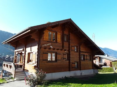 Photo for Detached chalet with open views 7 people, 5 minutes from the center of Morzine