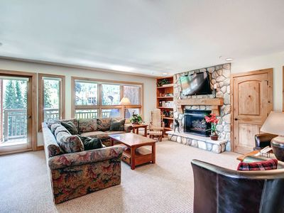 Photo for Vail 2 Bedroom Condo Mountain View Ski-in/Ski-out w/ Balcony, Hot Tub, Pool
