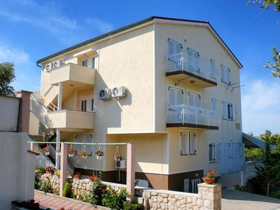 Photo for Apartment in Mandre (Pag), capacity 4+1