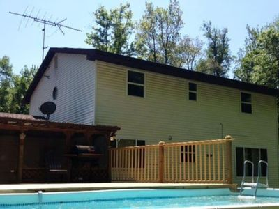 Photo for Sleeps up to 22ppl / BBQ / WiFi / Hot Tub, near skiing