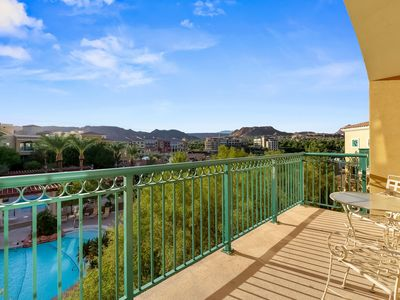 Photo for Beautiful 2 Bedroom 2 Bathroom with views of pool and lake