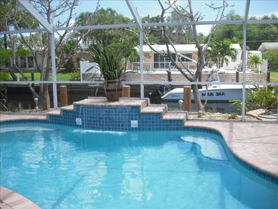 Private Heated Waterfall Pool, Large Lanai, Cable TV & Wifi, No MGMT Fees!