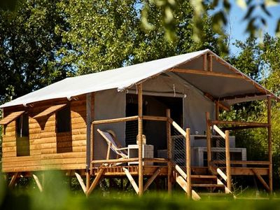 Photo for Flower Camping Le Bois d'Amour *** - Shack Lodge Wellness Comfort Plus 3 Rooms 4 Persons