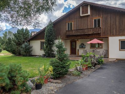 Photo for Spectacular Mountain View Haus Sleeps 10, Family And Dog Friendly