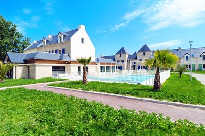 Welcome to your home away from home in beautiful Saint-Malo!