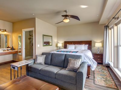 Photo for NEW LISTING! Suite in waterfront inn near wineries -WiFi, kitchenette, & firepit