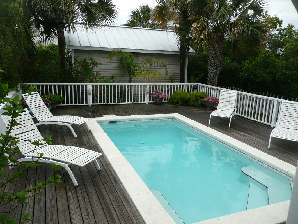 private pool relax sun and enjoy your homeaway crystal beach