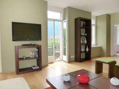 Photo for Apartment Elegance in Interlaken - 4 persons, 2 bedrooms