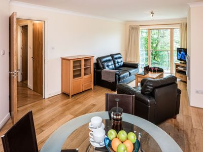 Photo for Apartment The Oaks in Dublin - 4 persons, 2 bedrooms