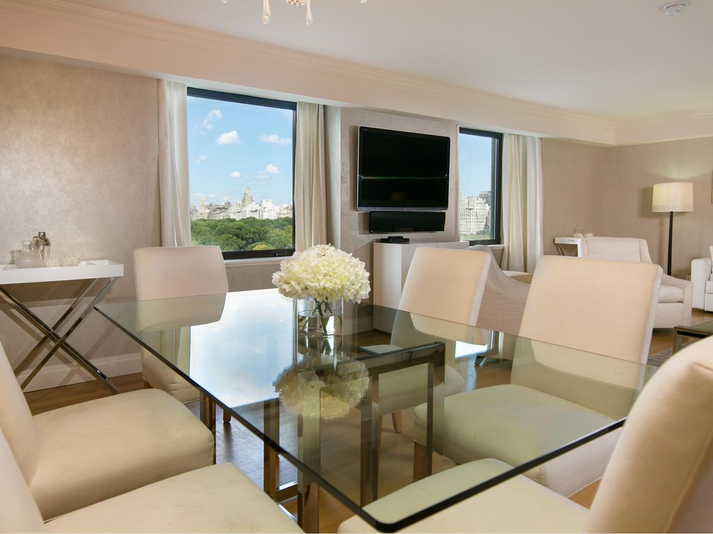 Sensational 3 Bedroom Apartment with direct central park views. Sensational 3 Bedroom Apartment with      HomeAway Manhattan