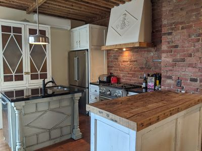 Photo for Historic 2 Bed with 400sqft Rooftop Terrace
