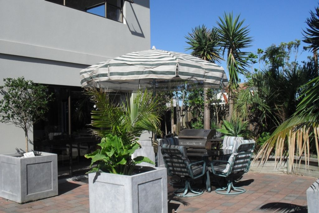 Omahas 2 Bedroom Apartment Handy To Everything Ha 20025884 Snells Beach Auckland North Island