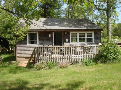 Photo for Cozy 2 Bedroom, Near Lake Tashmoo, Close To Town And Nearby Beaches