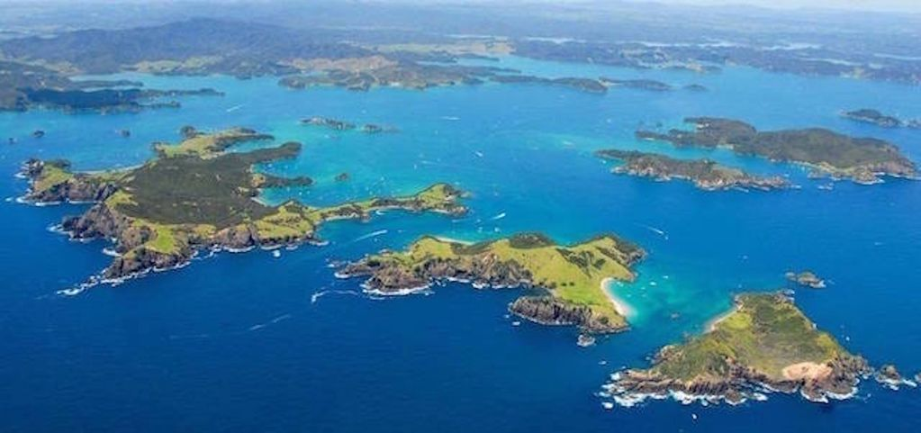 Moturua Island - Bay of Islands - Paihia