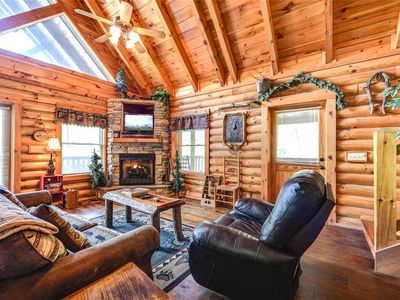 Photo for Wilderness Theater and Lodge, 3 Bedrooms, Sleeps 10, Game Room, Hot Tub