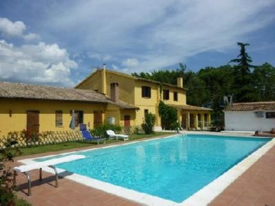 Photo for House in the quiet Umbrian region with pool and enclosed park.