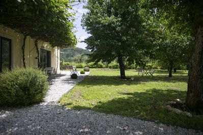 Large garden with fruit trees for shade