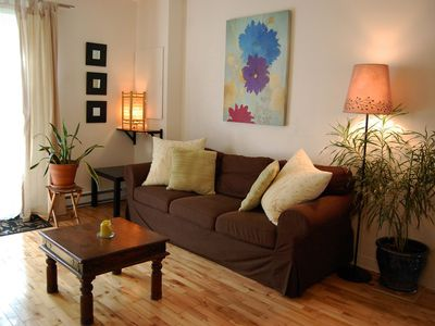 Photo for Very cozy apartment in a quiet  and welcoming area, you'll feel at home. 15 min. downtown.
