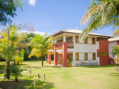 Photo for Delightful apartment in the Condominium Timeantube Praia do Forte - Bahia