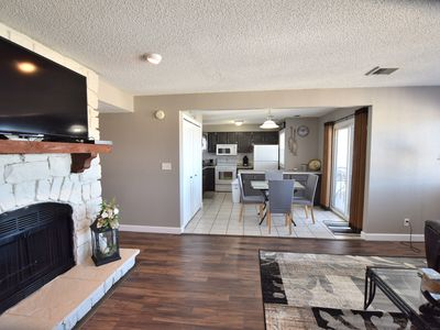 Photo for * Close to Mall/Restaurants*2 Bed/2Bath (Sleeps 6)*VERY CLEAN-Wifi