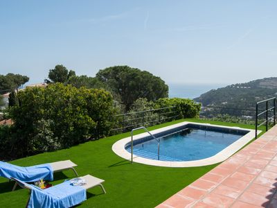 Photo for Ideal  for large families, quiet residential area , Sea views , Pool.