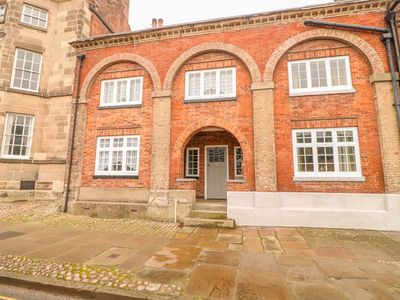 Photo for LIBERTY HOUSE, pet friendly, with open fire in Ashbourne, Ref 998842