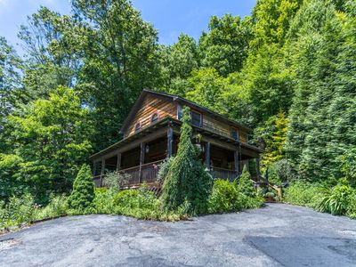 Photo for A Birds Eye View - Rustic Cozy Cabin close to Boone with large deck and hot tub!