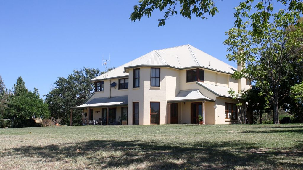 Wallaroo Wines country stays and wedding venue
