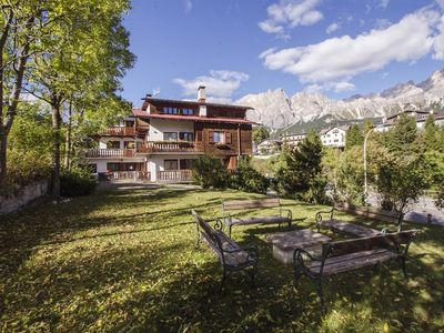 Photo for Apartment in the center of Cortina d'Ampezzo with Parking, Internet, Washing machine, Balcony (687850)