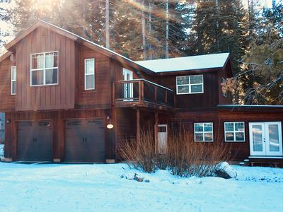 Photo for CLEAN! 2 Suites! Family Friendly! Hot-tub! Golf, Lake, Trails just minutes away!